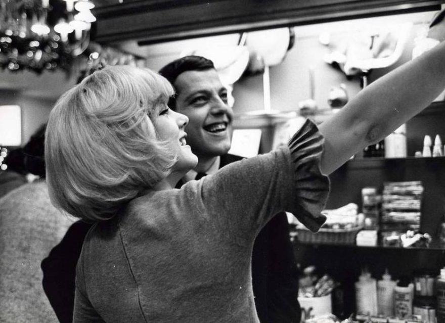 Eddie et Sylvie Vartan-Rock'n'Râleur - Paris Bazaar - Basset