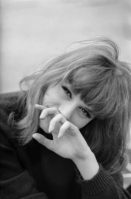 Françoise-Dorleac-bande-a-part-Doumic-ParisBazaar-Ghis.jpeg