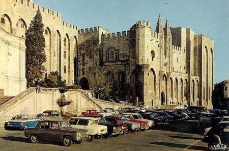 Avignon-Carte-Postale-2-ParisBazaar-Rosemary