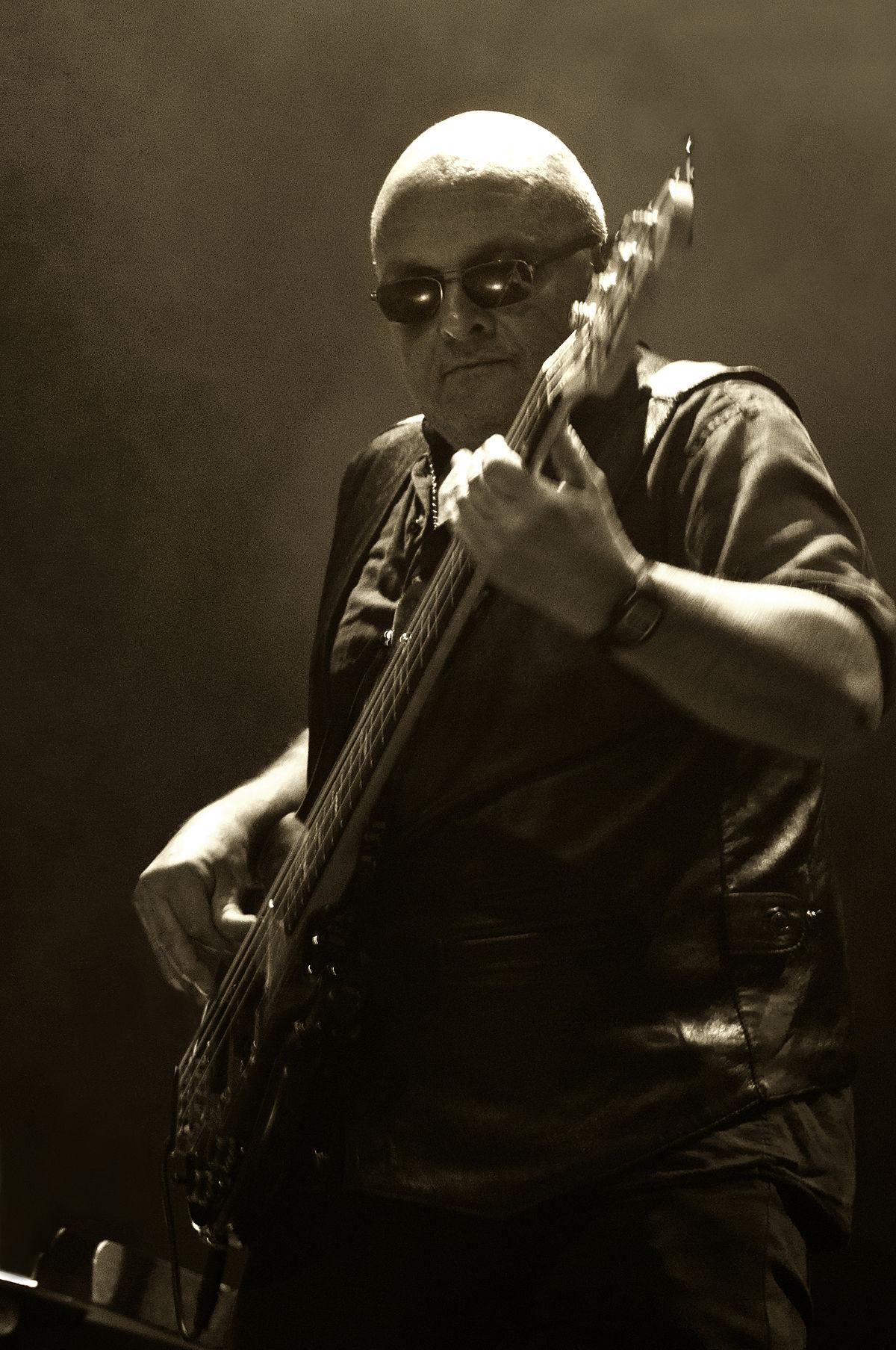 Jannick Top-2-Rock'n'Râleur-ParisBazaar-Basset