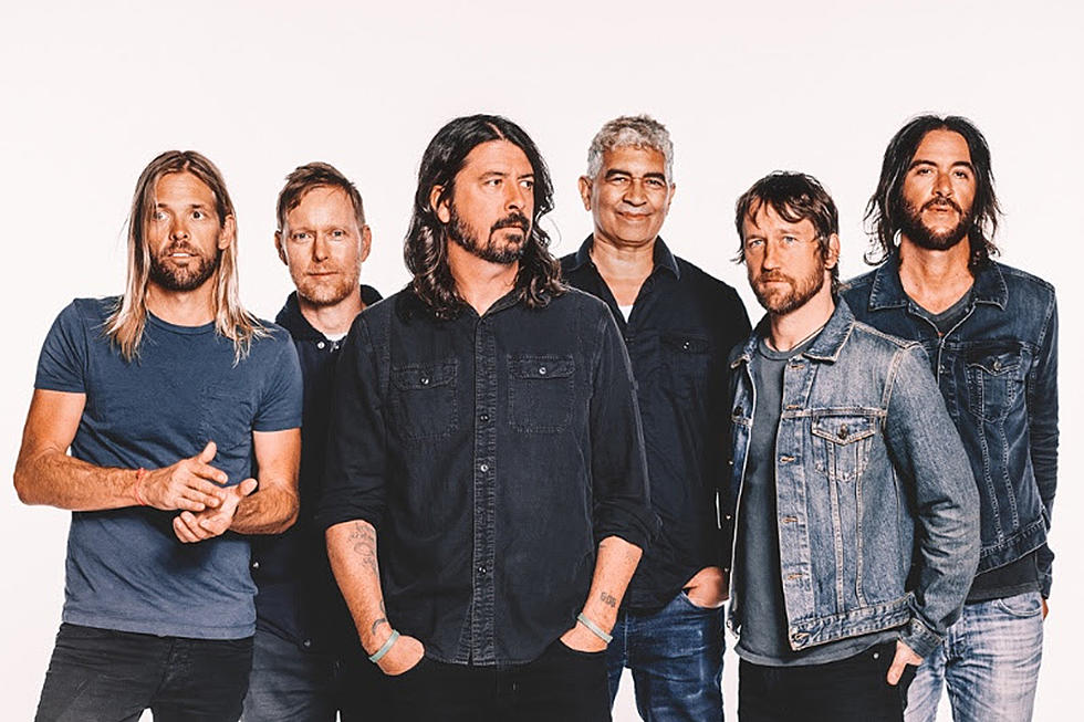Foo-Fighters-Ouv-ParisBazaar-Borde