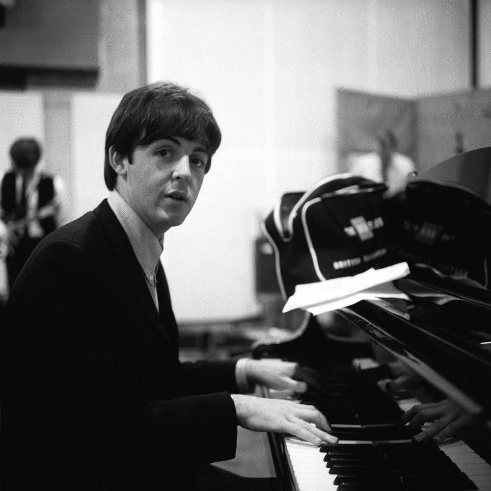 Paul Mac Cartney-Piano-Rock'n'Râleur-Voyager avec Rivat-ParisBazaar-Basset