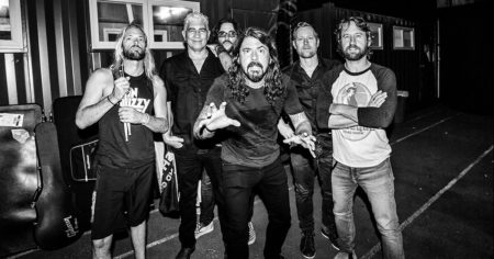 foo fighter-le Passé Composé des Foo Fighters-ParisBazaar-Borde