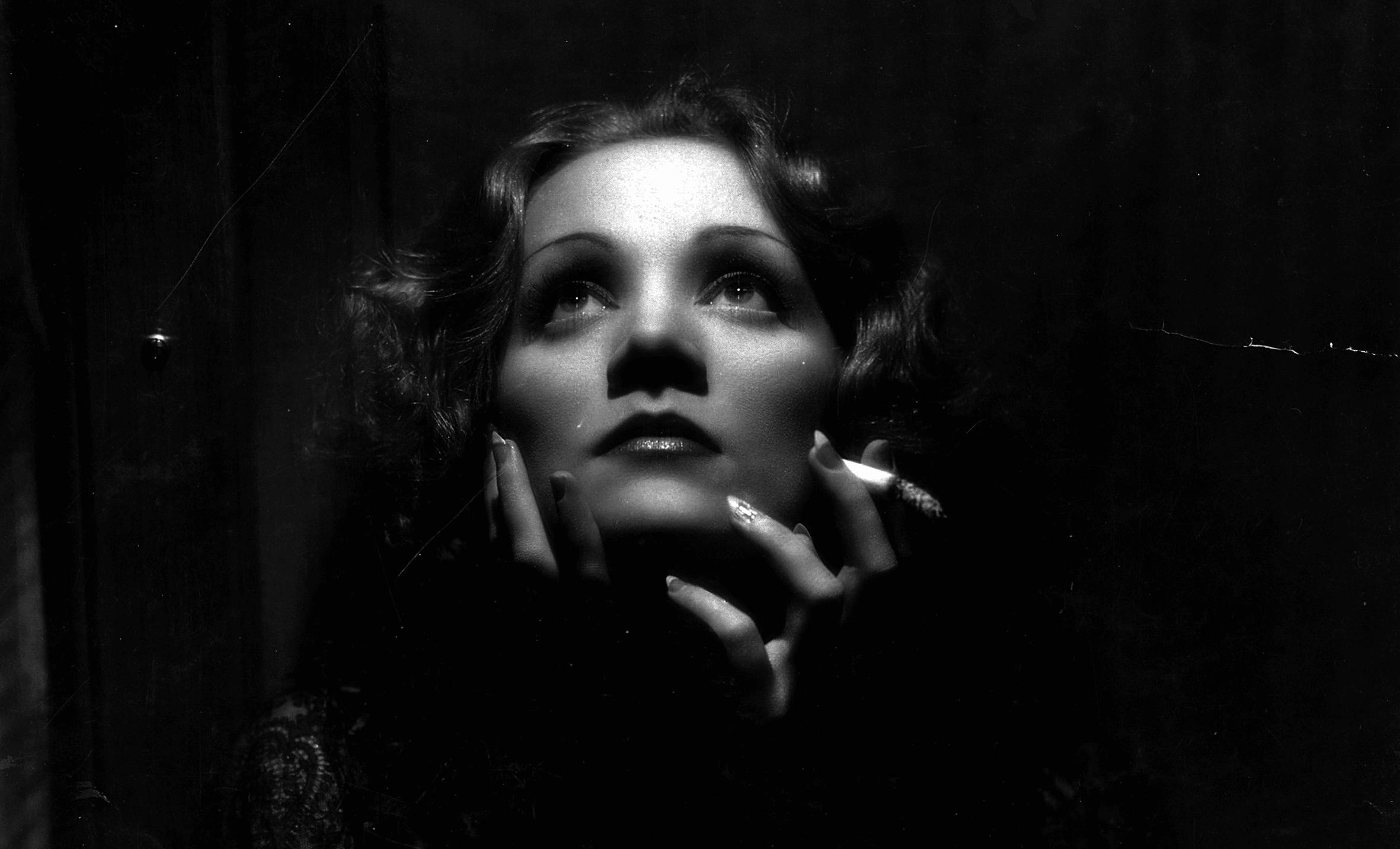Nous Sommes ce que nous Fumes-Marlène-Portrait-ParisBazaar-Bergman